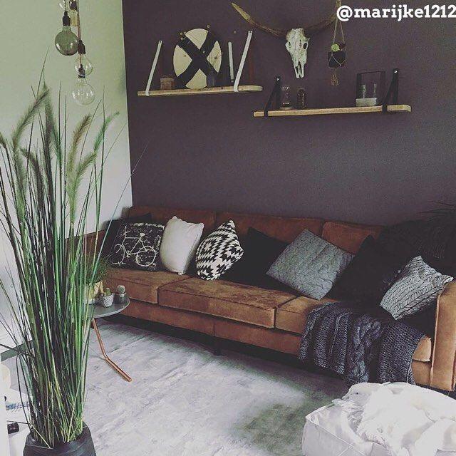 Meubels om je woonkamer sfeer te geven? Bekijk onze top 10 mooiste woonkamers voor inspiratie Hsfy.nl/top10w17 #woning #stijl #woonkamer #wit #groen #grijs #bruin #zwart #muur #tafel #vloerkleed #mooi #inspiratie #bank #wonen #top10 #interieur #interieurstyling #binnenkijken #gezellig #kamerplant @marijke1212