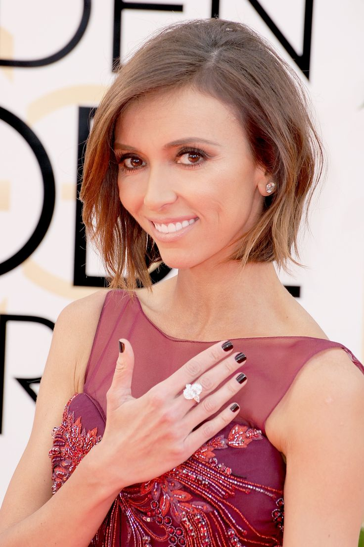 E! Host Giuliana Rancic Gives Us A Close Up Of The 100 Ctw Round Brilliant  Forevermark Diamond Studs And 1458 Carat Oval Forevermark Diamond Ring…