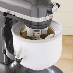 KitchenAid Ice Cream Maker Attachment...want this for my mixer!