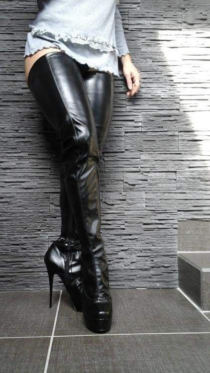 91fbd1f9551 1000 Images About S Boots On Thigh High Boots The Knee Boots And ...