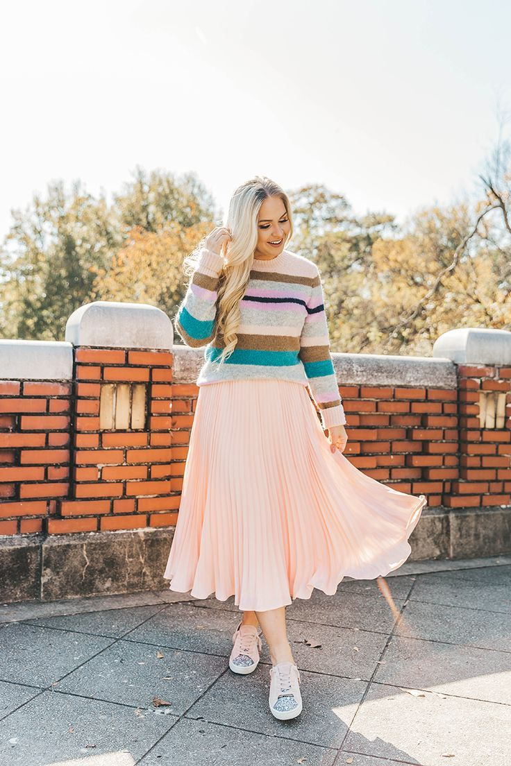 8dde53abd Sweater + Midi Skirt + Sneakers | How to Style Skirts | Skirts ...