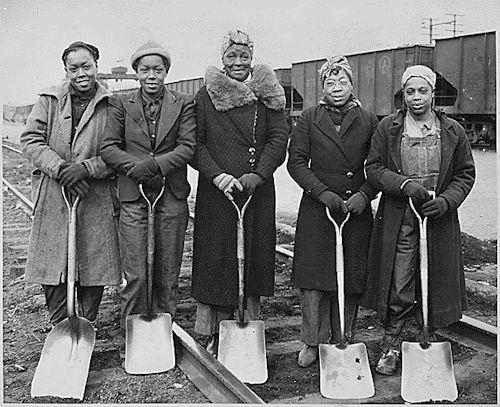 Trackwomen, Baltimore & Ohio Railroad Company 1943