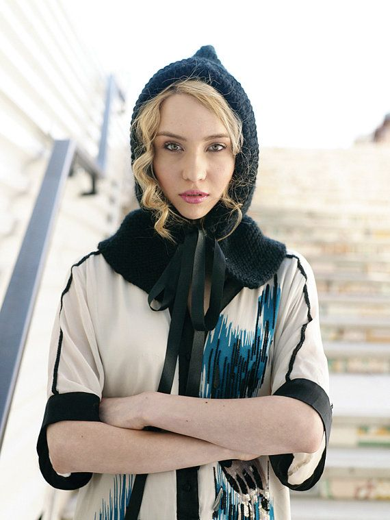 Elegant Hand Knit Black Hood with Balck Ribbon Hand by Mariiko