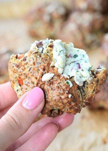 Herzhaft, gesund und ohne Kohlenhydrate – Azteken-Semmeln sind die optimale Brot-Alternative paleo diet vegetarian