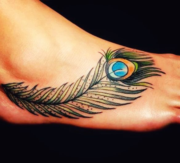 pinetrist peacocok tatoos | Peacock Feather Tattoo Meanings | YouQueen