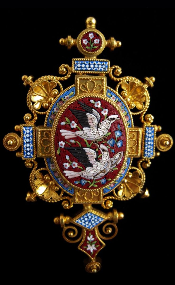 CASTELLANI~ Castellani Etruscan Revival Gold and Micromisaic Brooch