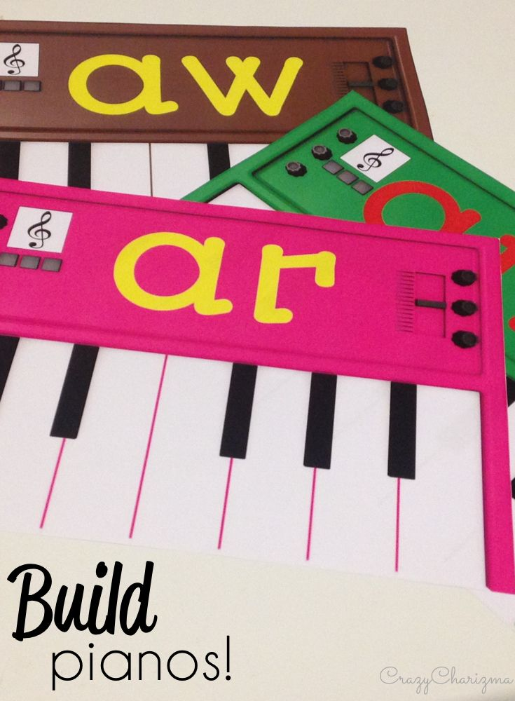 Build your pianos and practice word families with your kids! Perfect for literacy center ideas and great reading strategies!