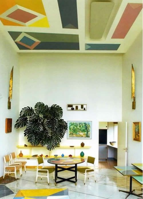 Painted ceiling and a gorgeous plant