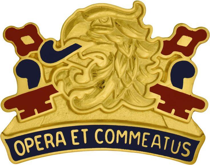 687th Quartermaster Bn (Right) Unit Crest (Opera Et Commeatus)