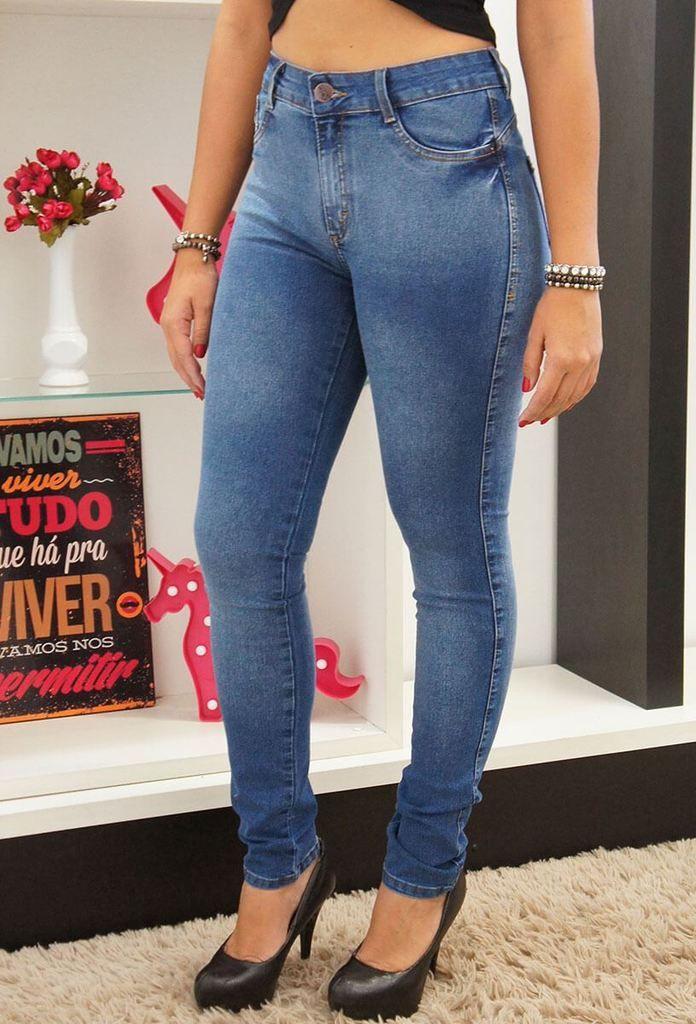 8ee4e245c3d8 calça jeans bokker vintedoisk | VintedoisK em 2019 | Calça jeans ...