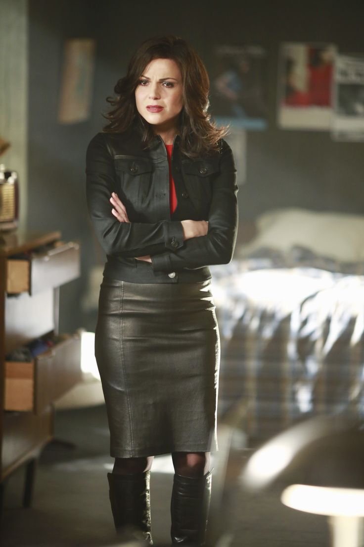 Regina Mills outfit for 5.22/5.23