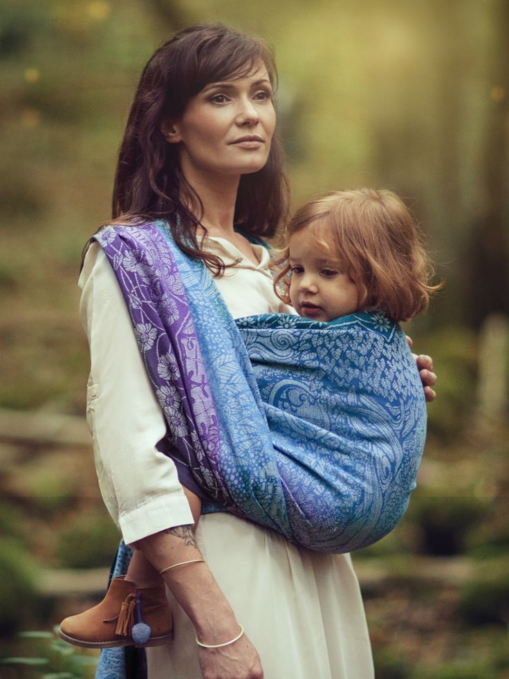 Shire Undome baby wrap made from organic combed cotton and hemp in Scotland by Oscha Slings. #LOTR