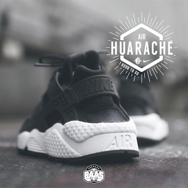 "#nike #nikeair #huarache #huaracheblack #sneakerbaas #baasbovenbaas  Nike Wmns Air Huarache ""Black & White"" - One hour to go! - Priced at 129.95 Euro  For more info about your order please send an e-mail to webshop #sneakerbaas.com!"