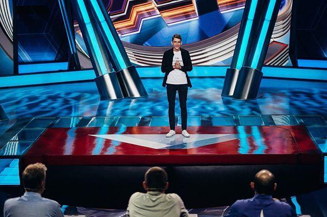Участник российского Comedy Club выступит в Донецке в честь годовщины проекта «Жажда смеха»