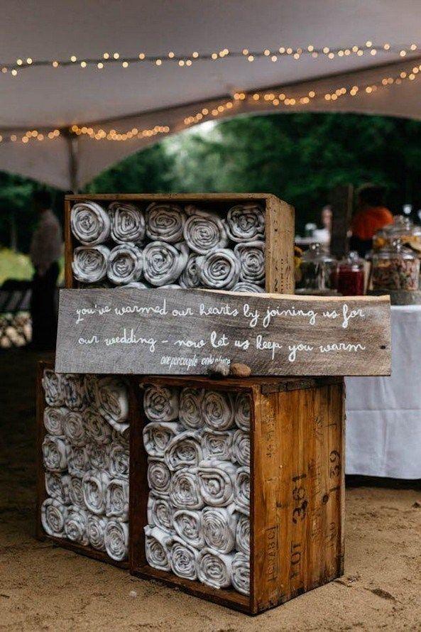 40 Fantastische Rustikale Hochzeitsideen Im Freien Von Pinterest #hochzeit #hochzeiten #hochzei …   – Wedding ♡
