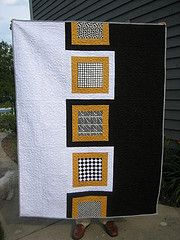 .oh, cool and so differentIdeas, Quilt Modern, White Quilt, Quilt Front, Patchwork Pattern, Square Quilt, Black White, Modern Block Quilt, Modern Quilt
