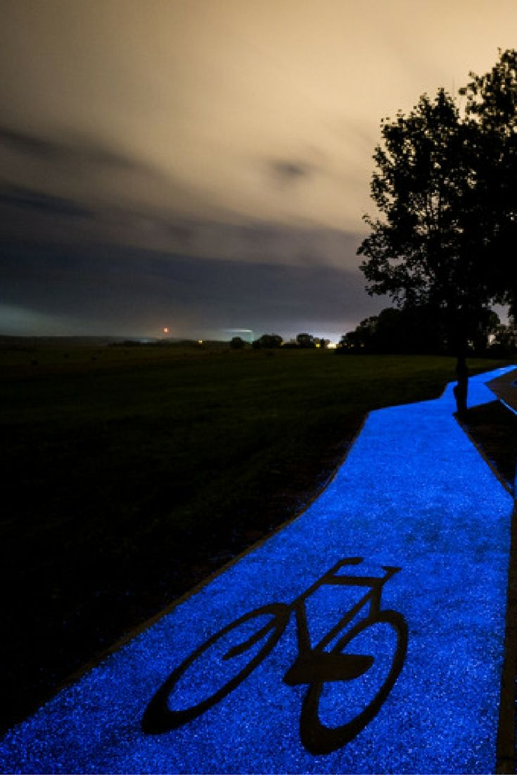 Just look at this beautiful glittering blue path that runs through a park in Poland.  You'd be forgiven for thinking it's an art installation.  But, it's actually a cycle path, which glows at night, making the ride home safer – and definitely way prettier – for cyclists.