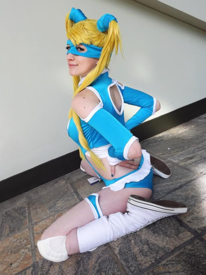 Street fighter mika cosplay