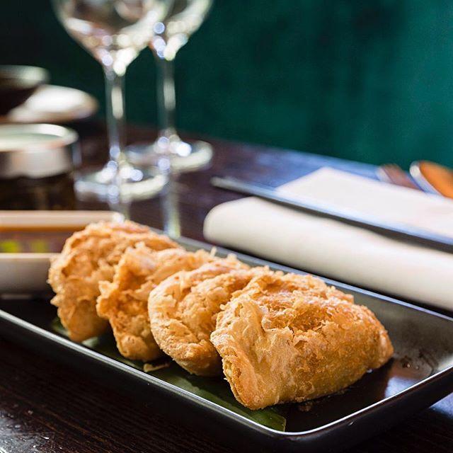 Crispy lamb dumplings w cumin & chilli. Come and grab a plate of these crispy babies tonight from 5:30. #chinadiner #lamb #chilli #dumplings #sydneyfoodshare #sydneyfoodie #sydneybar #sydneypub #sydneyeats #sydneyfoodshare #sydneyfoodie #sydneyfood #bondi #bondibar #bondieats #bondifood #bondibeach #bondibeachsydney