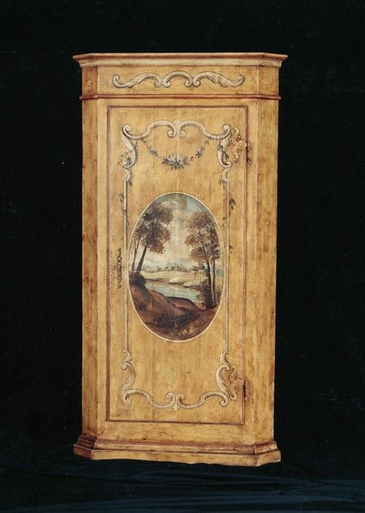 TRAMARIN MOBILI - Angoliera Art. 2320.  Love this painted cabinet.  I could definitely see doing something like this with our DVD cabinet/plant stand.
