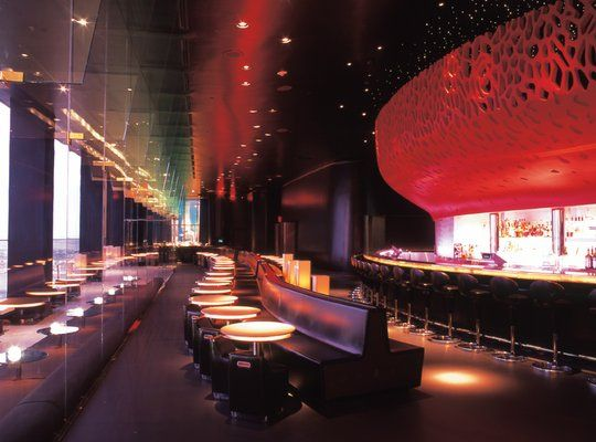 the mix las vegas restaurant atop the 64th floor of the