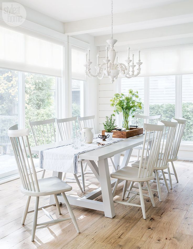 Best 25 white chairs ideas on pinterest small round kitchen table wooden table and chairs - Cottage dining room table ...