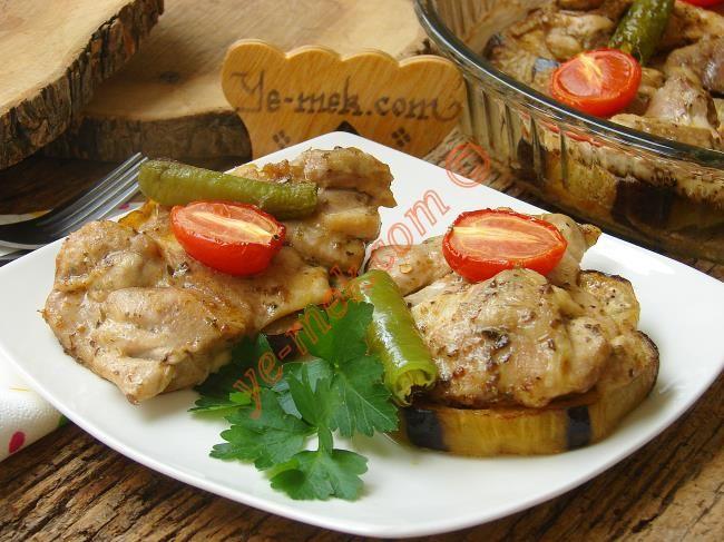 Fırında Patlıcanlı Tavuk İncik Resimli Tarifi - Yemek Tarifleri