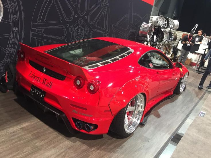 Ferrari!!! WHAT?! Absolutely stunning! #SEMA #2k16 Going to Las Vegas was such a cool experience, I'd Love to go again, I mean c'mon would you check out that hot rod ;)) #Ferrari