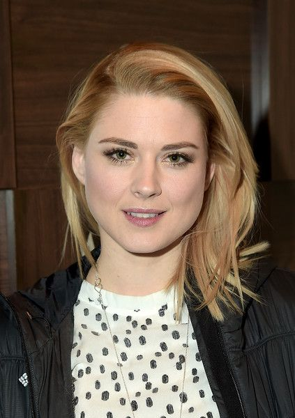 "Alexandra Breckenridge Photos Photos - Alexandra Breckenridge attends the ""Zipper"" cast party at GREY GOOSE Blue Door during Sundance on January 27, 2015 in Park City, Utah. - Grey Goose Blue Door Hosts 'Zipper' Party"