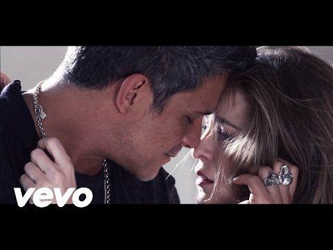 Pablo Alborán - Recuérdame (Videoclip oficial) - YouTube