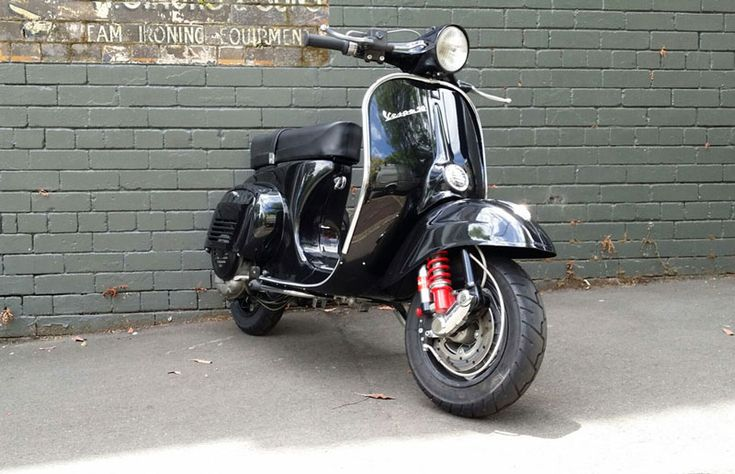 102 best black paint vintage vespa scooters images on. Black Bedroom Furniture Sets. Home Design Ideas