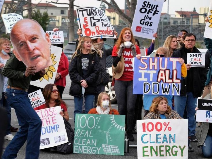 Protesters demand a shutdown of the Southern California Gas Company's Aliso Canyon Storage Facility near Porter Ranch in Los Angeles on Saturday, Jan. 16.