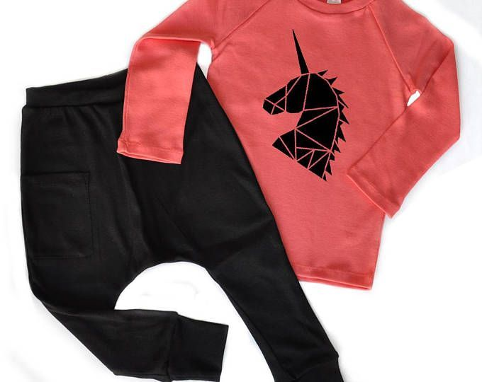 Kids clothing set - toddler girl clothes, Free shipping worldwide, Hip and stylish Girls set, Organic kids clothes, Coral & Black #organiccotton #girlfashion #freeshipping #toddlerfashion #harempants #etsy
