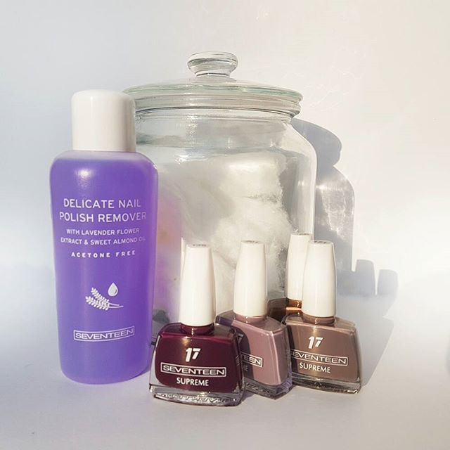 New week new manicure! First remove the old nail polish with Delicate Nail Polish Remover and then choose a color that suit you best from the Supreme Collection.  #manimonday #manicure #mani #supreme #nailpolish #naillacquer #nailcolor #seventeencosmetics #nailpolishremover #nails