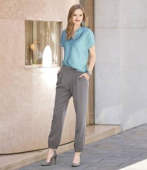 Elegante Trendhose mit Bundfalten und Eingriffstaschen bei Makerist
