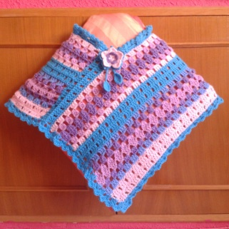 Poncho ganchillo: En Kids, Dos Rectángulos, Crochet, Baby Crochet, Baby En, That Tejidos, Ponchos, With The