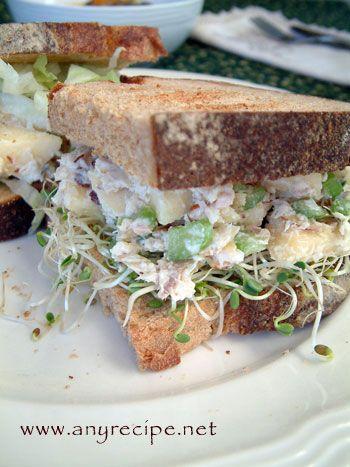 パリパリ・アーモンドのチキン・サンドイッチ