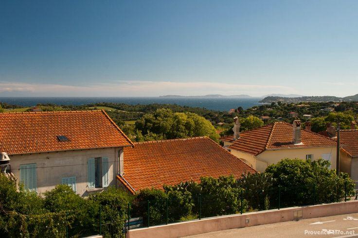 Ausblick vom Kernort von La-Croix-Valmer Richtung Mittelmeer