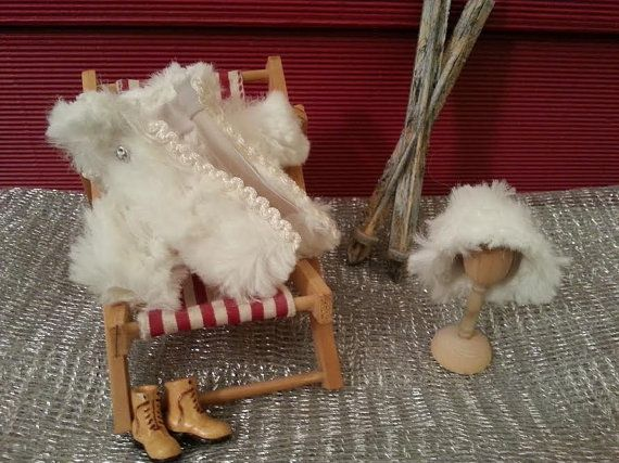 Fur  Hat  snow  dollhouse  1:12 scale by LaboratoriodiManu on Etsy