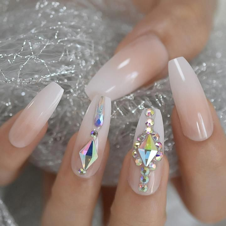 Luxury Custom Large Stones Decorated Nail Art Tips Ombre Coffin Shape Vettsy Nailideasacrylic In 2020 Wedding Nail Polish Coffin Press On Nails Press On Nails
