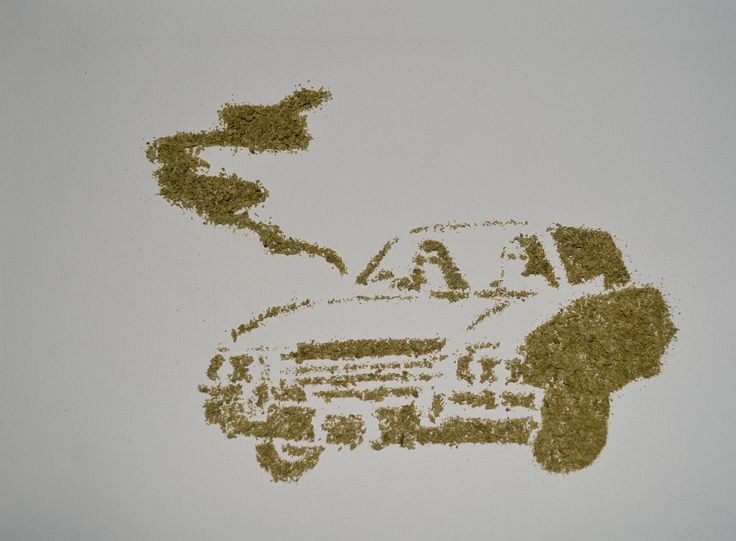 Fuga, Dibujo by Mireya Valero