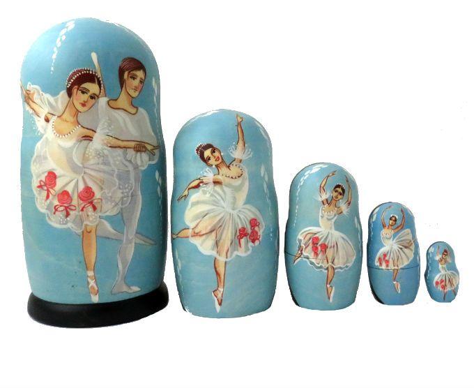 les poupées russes balet