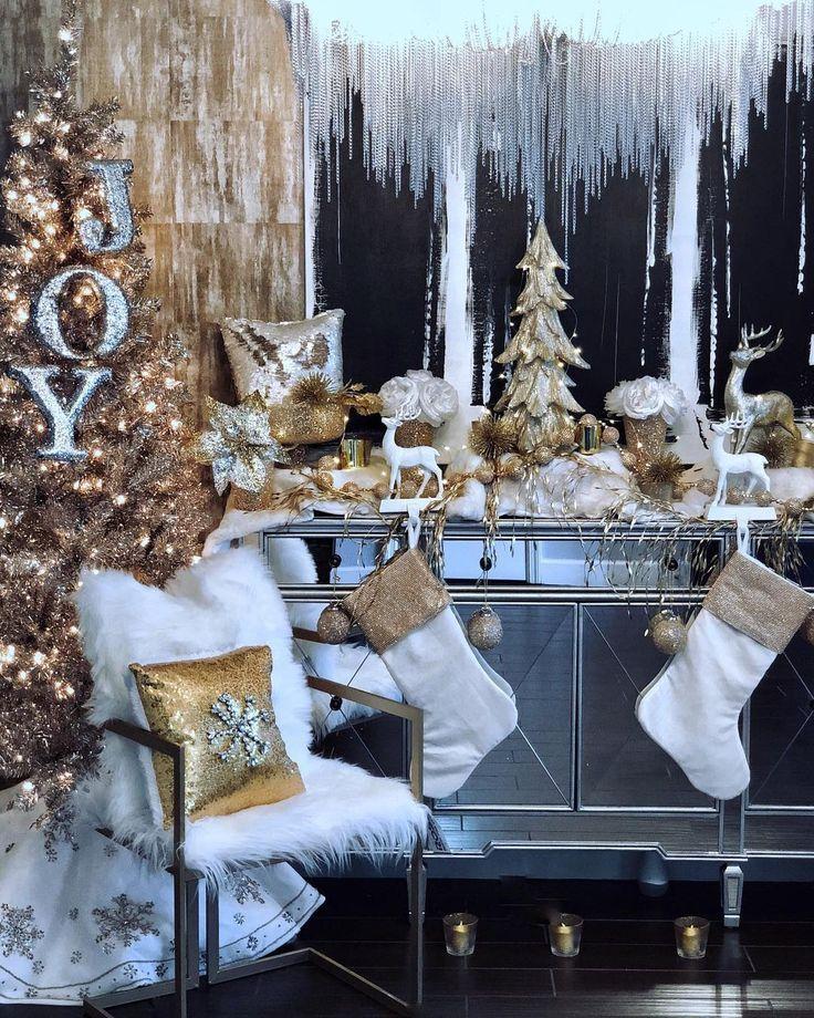 Z Gallerie On Instagram Maximalist Decor Expert Boldandgolddecor In 2020 Christmas Decorations For The Home Christmas Decorations Living Room White Christmas Decor