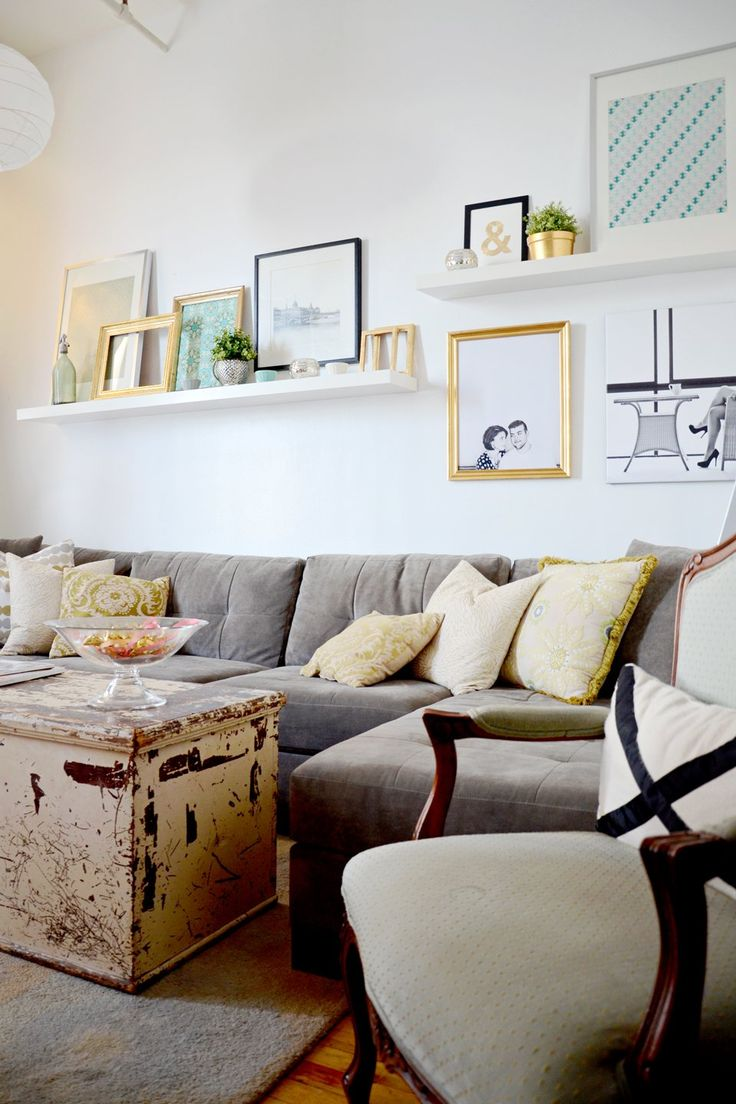 Lebeg polc sarok shelf google keres s nappali ikea - Wall design for living room philippines ...