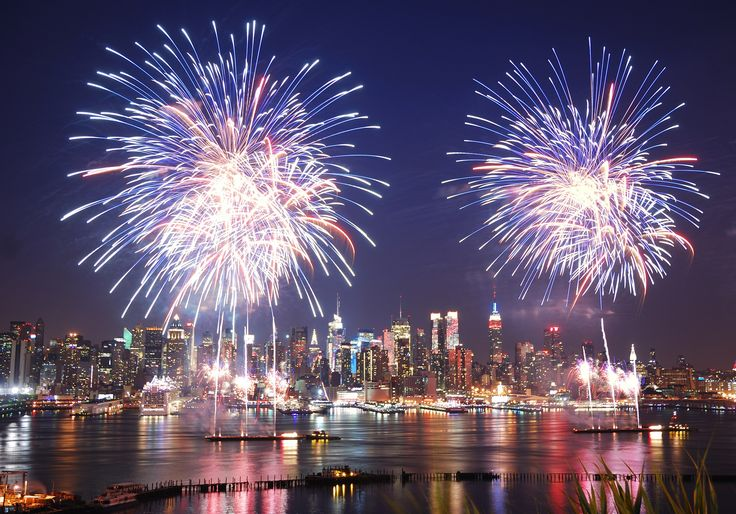 Where to Watch the 4th of July Fireworks 2017 in NYC - Condé Nast Traveler