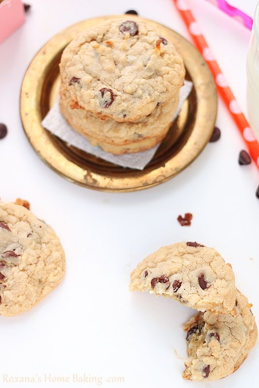 Leckere Cookies mit weichem Kern und knackigem Auftritt. Mhm ... // Chewy cookies with crispy edges. Mhm ... #baking #cookies #recipe #backen #kekse #Bahlsen #LifeIsSweet
