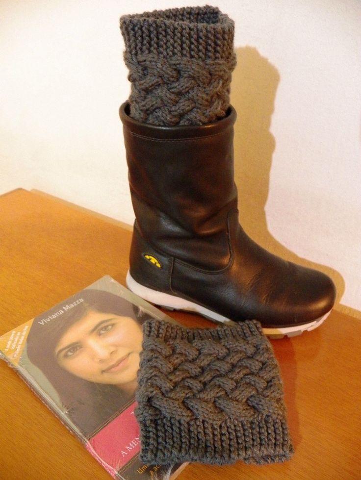 Boots cuffs\ Mini polaina em tricot com fio de lã de ótima qualidade e com motivos de tricot Irlandês. Aquece e valoriza seu visual. Podendo ser feita em outras cores, peça catalogo de cores de fios.