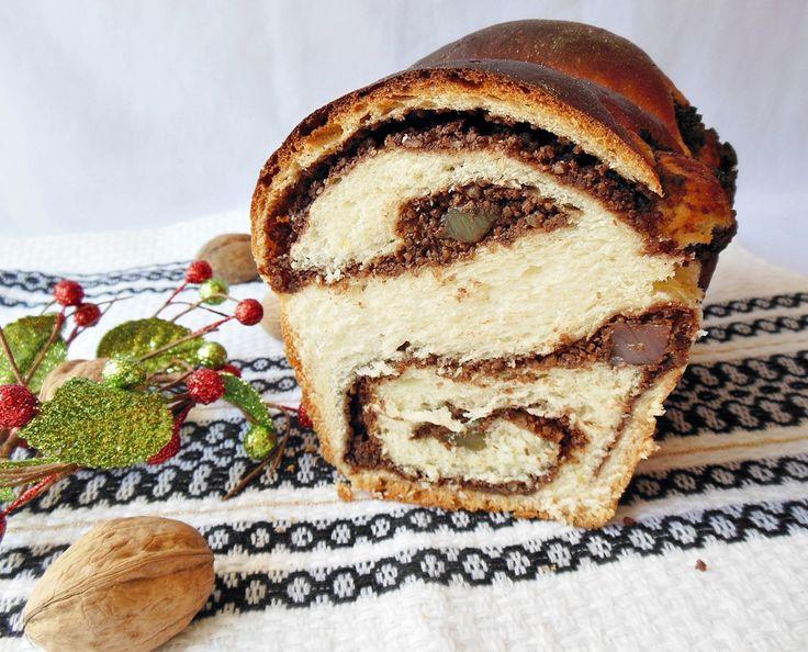 Reteta culinara Cozonac cu Fanta (de post) din categoria Dulciuri. Specific Romania. Cum sa faci Cozonac cu Fanta (de post)