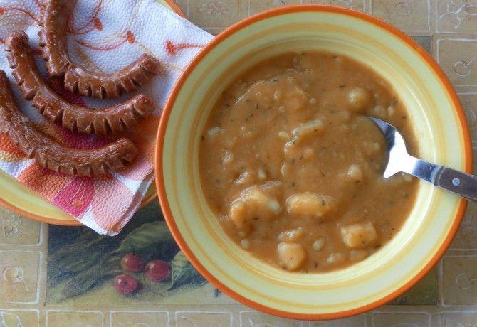 Babéros-köménymagos krumplifőzelék