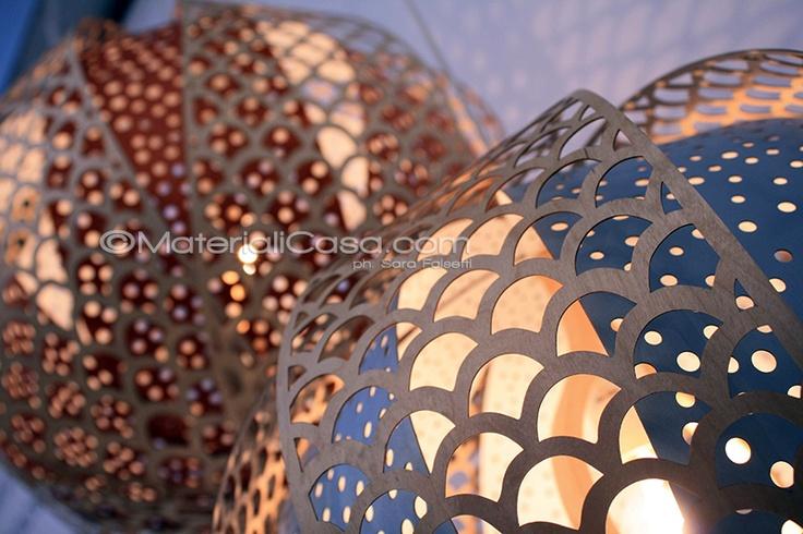 Giochi di luce al padiglione della Svezia, Superstudiopiù. Zona Tortona, Milano Design Week 2013